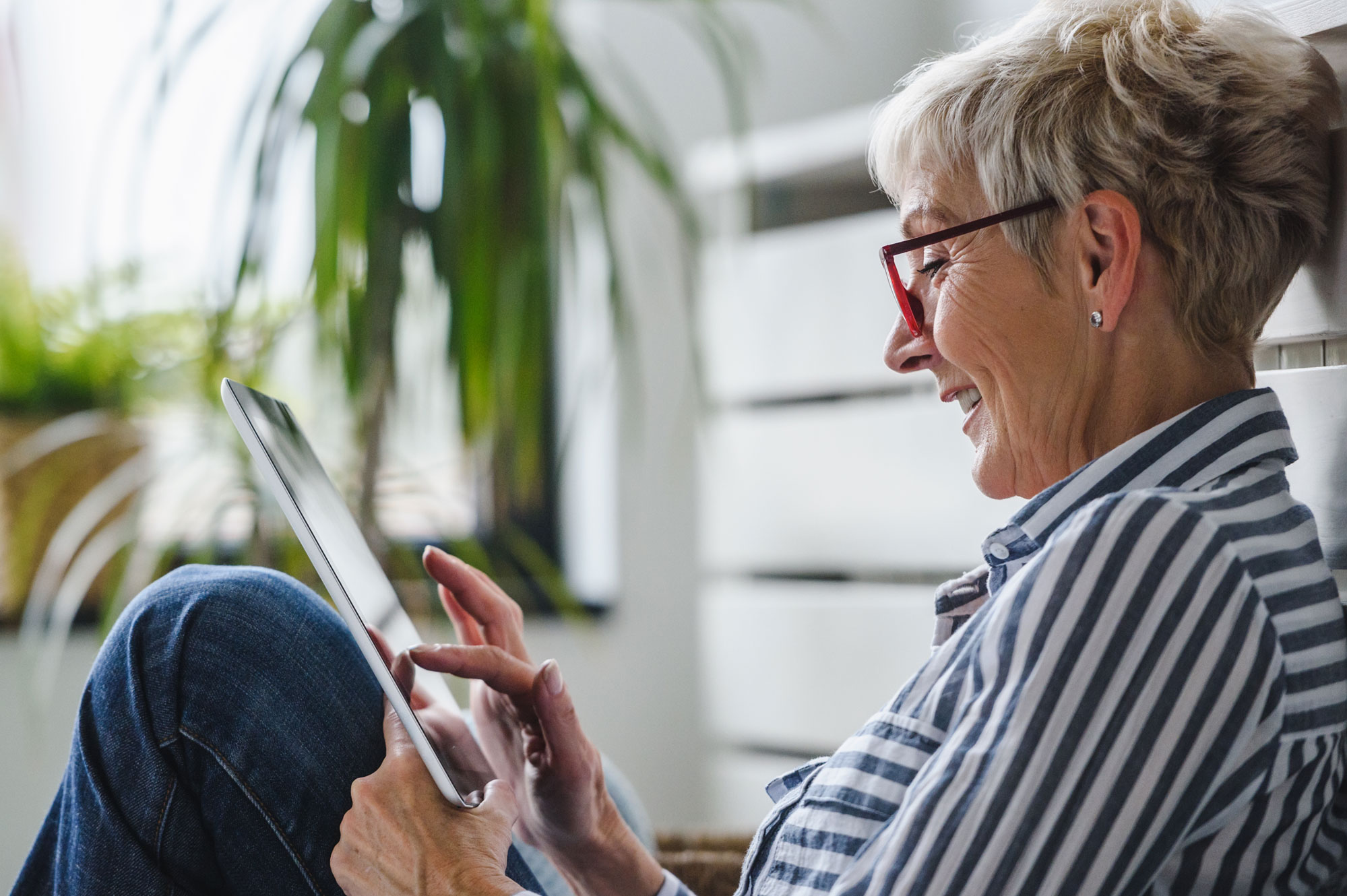 senior social ipad